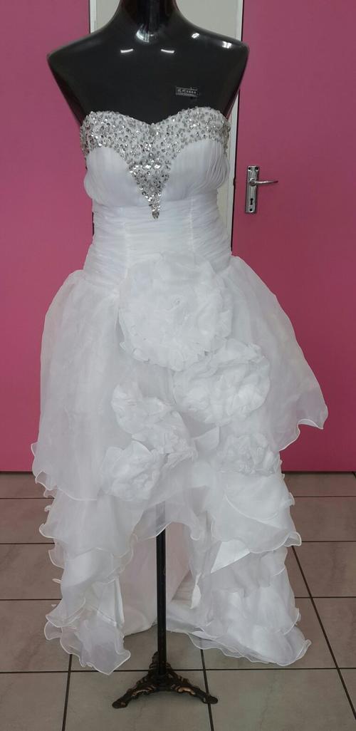 Wedding Dress For   In Johannesburg : Wedding dresses white dress size for sale in