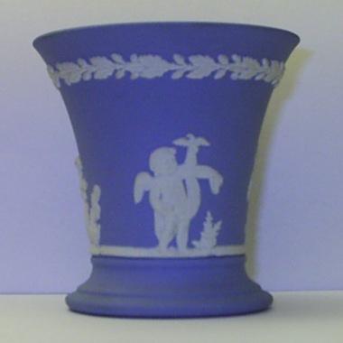 English Wedgewood Blue Jasper Urn Vase Was Sold For R510